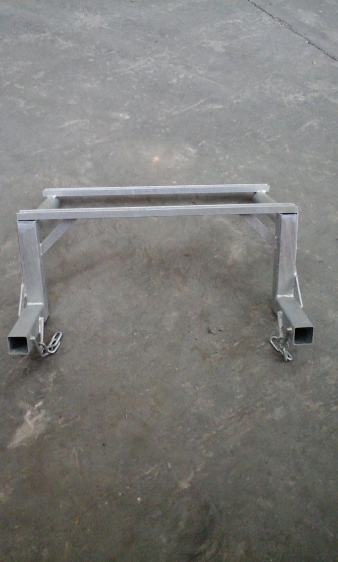 FIXING FRAME FOR CHUTE